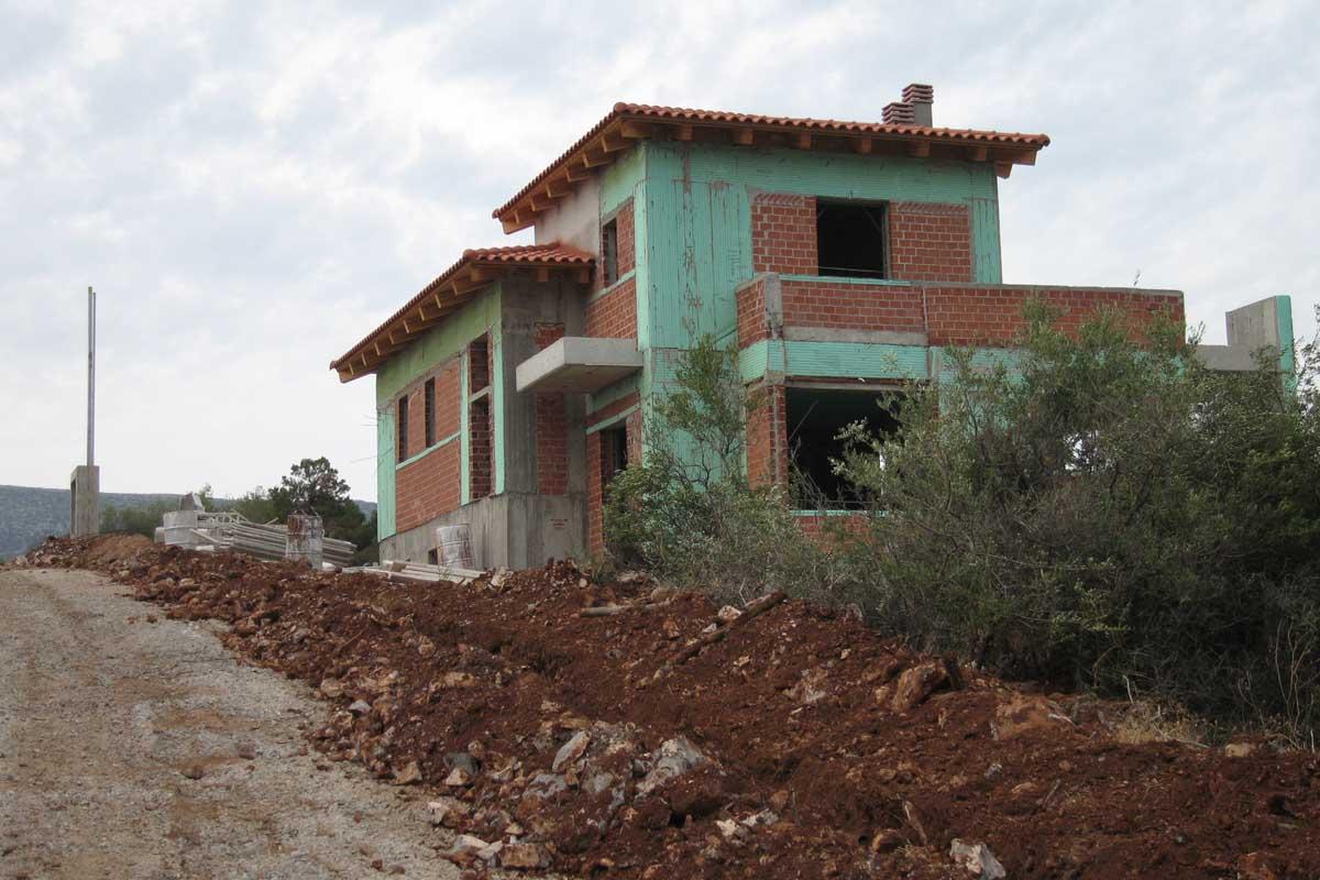 Residence in Skroponeria Evia