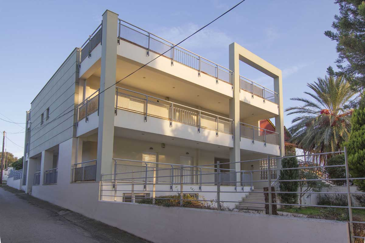 Residence Building on Antheon and Yakinthou Street in Chalkida